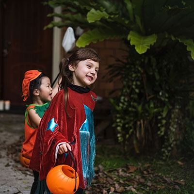 halloween-two-kids